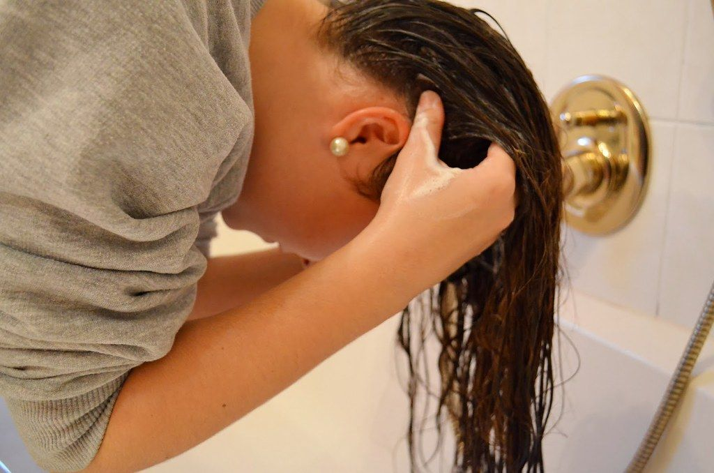 Shampooing Your Scalp