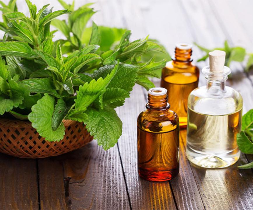 tea tree oil for glowing skin